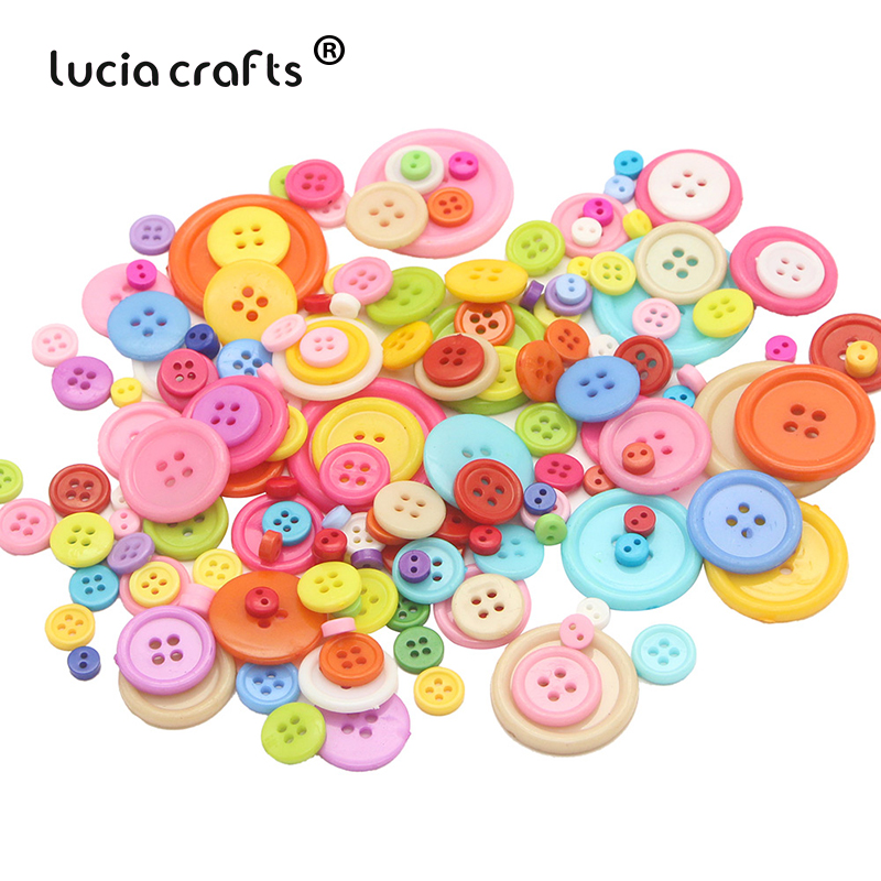 20pcs Assorted Round Wooden Decorative Button for Clothing Decoration 30mm