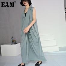 [EAM] 2018 New Autumn Solid Color V-collar Sleeveless White Loose Big Size Knitting Dress Women Fashion Tide J70402