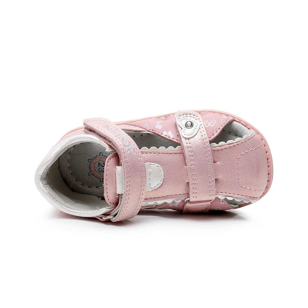 Apakowa/сандалии с закрытым носком для маленьких девочек; летние детские сандалии с бабочкой; пляжные вечерние модельные туфли с поддержкой арки; цвет белый, розовый