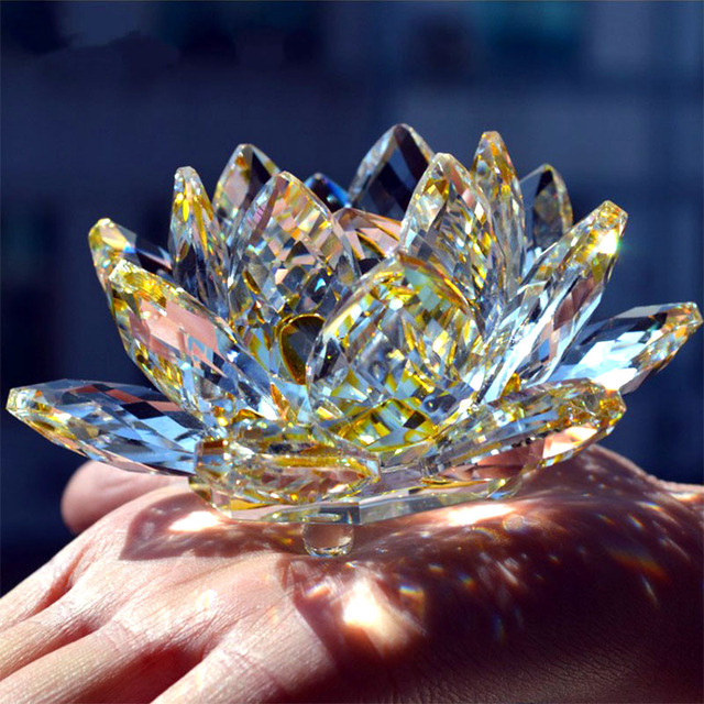 80mm Quartz Crystal Lotus Flower Crafts Glass Paperweight Fengshui Ornaments Figurines Home Wedding Party Decor Gifts Souvenir 2