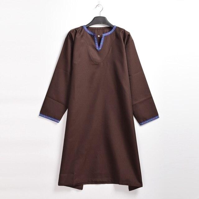 Adulto Vichingo Cosplay Uomini Costume Medievale Rinascimentale Norseman  Saxon LARP Tunica Camicia Vestito Da Pirata 17c488af032