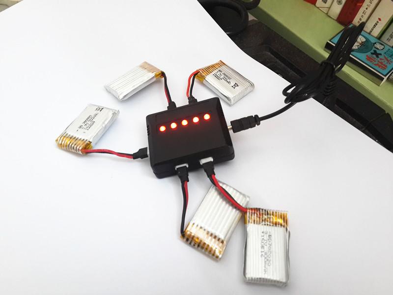 Small Tarantula 1505 <font><b>Battery</b></font> For 1306 Udi U816 U830 DFD F180 RC Drone <font><b>3.7V</b></font> <font><b>300mah</b></font> <font><b>Lipo</b></font> <font><b>battery</b></font> + charger RC Helicopter Parts image