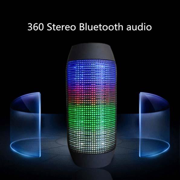 Portátil Sem Fio Bluetooth Speaker 360 Luzes LED Alto-falantes Suporte U-disco e cartão TF Boombox Speaker para iphone Samsung