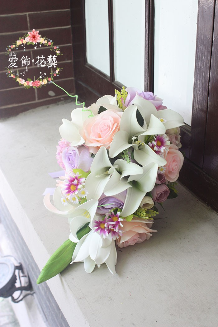 bouquet de mariee blanc rose 2