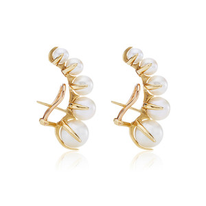 Image 1 - European and American fashion niche brands gradually change Pearl ear nails female exaggeration temperament vintage earrings
