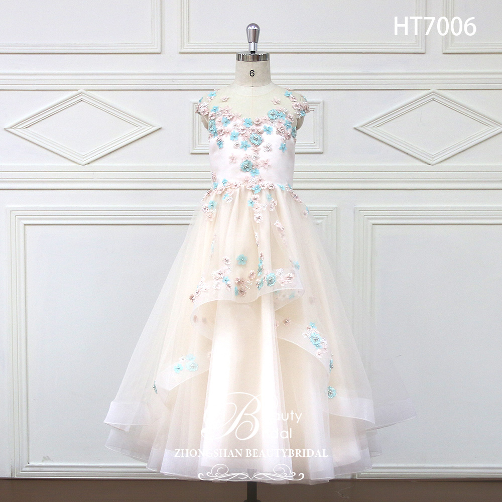 2019 Romantic Tulle   Flower     Girl     Dress   Sleeveless for Weddings Appliques   Girl   Party Communion   Dress   Pageant Gown HT7006