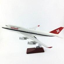 Бесплатная доставка 45-47 см 747 Swissair ливрее недрагоценных металлов и Смола Модель самолета игрушка самолет день рождения подарок