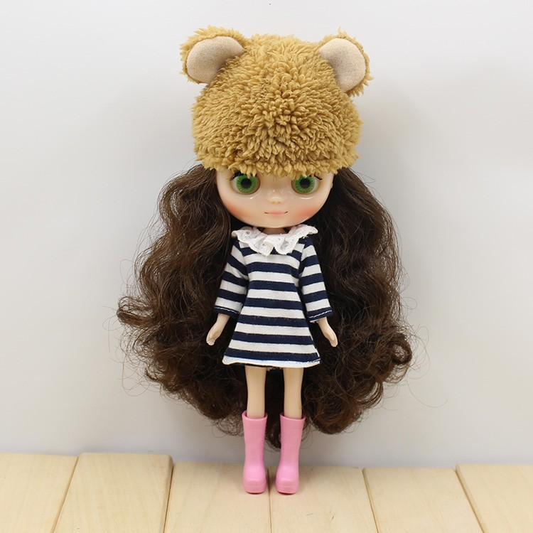 Middie Blythe Doll Outfit With Hat 4