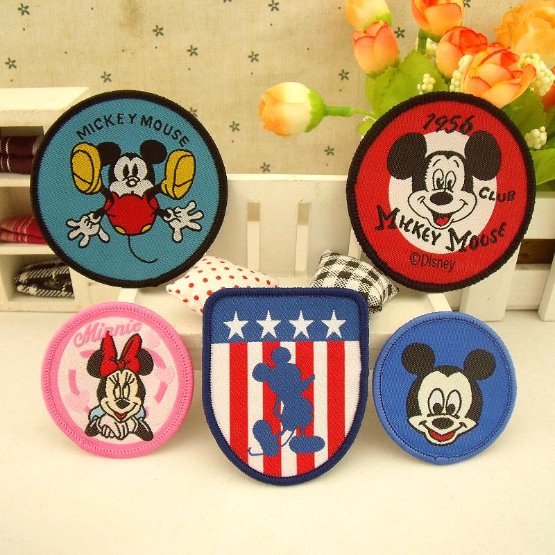 shoulder emblem Embroidered sew-on Patches Cloth Sewing DIY Applique Sticker handmade Cartoon decoration Minnie Mickey armband emblem