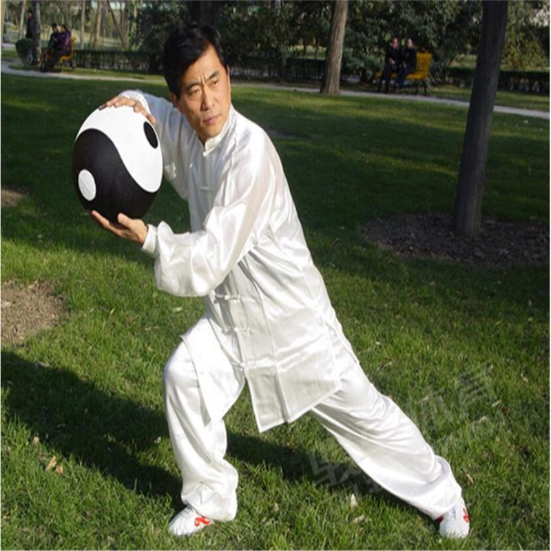2kg/pcs 26cm Black & White Nature Rubber Tai Chi ball Exercise and fitness balls with Carry bag  2 pcs black white 100