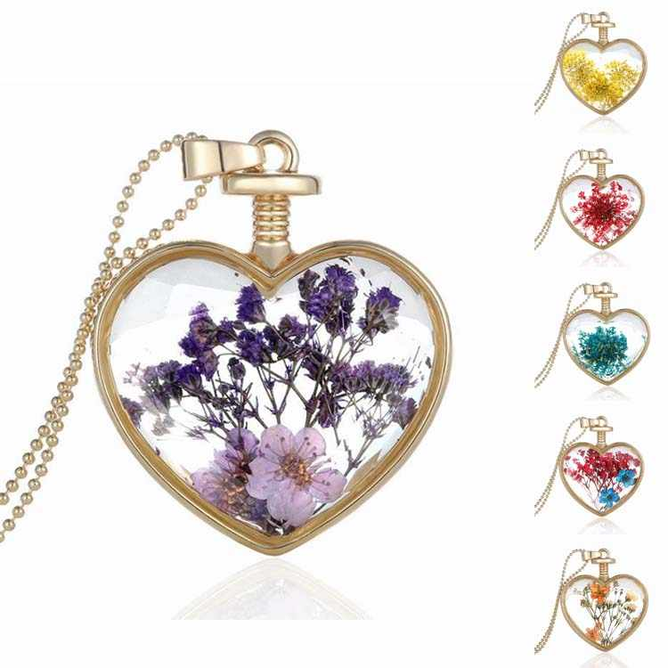 Handmade Jewelry with Glod Plated Glass Dried Flower Heart Shaped Pendant Choker Necklace for Women Party Gift