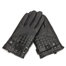 HOT Genuine Leather Men Gloves Autumn Winter Plush Lined Classic Black Sheepskin Glove Wrist Belt Buttons 2019 NEW TB01