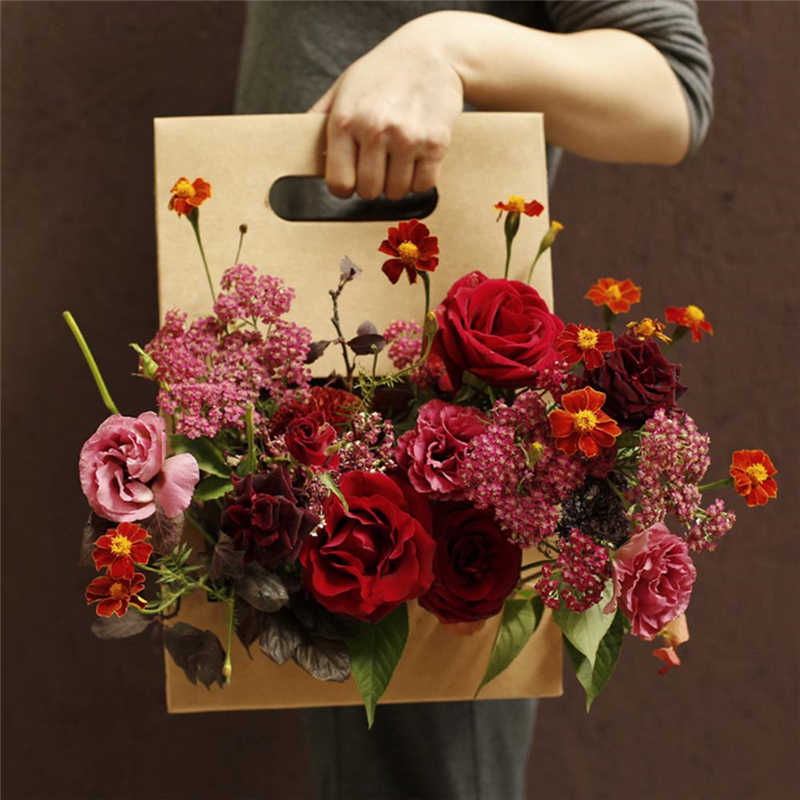 Brown Kraft Paper Gift Bags Wedding Flower Packaging Recyclable Florist Gift Packaging Box Party Gift Packing 38*25*12CM