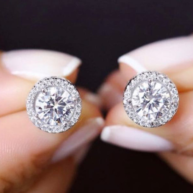 925 Sterling Silver Zircon Stud Earrings 1
