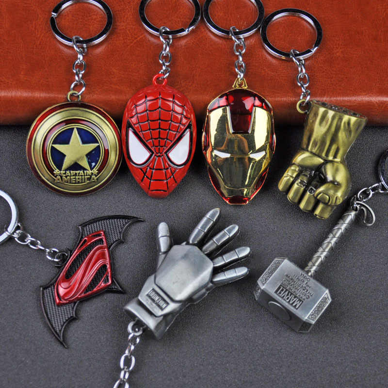 โลหะ Marvel Avengers Captain America Shield Keychain Spider man Iron man Mask Keychain ของเล่น Hulk Batman Keyring Key ของขวัญของเล่น