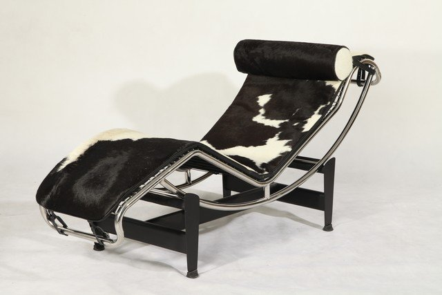 Le corbusier lc4 leather chaise longue pony leather in for Chaise longue design le corbusier