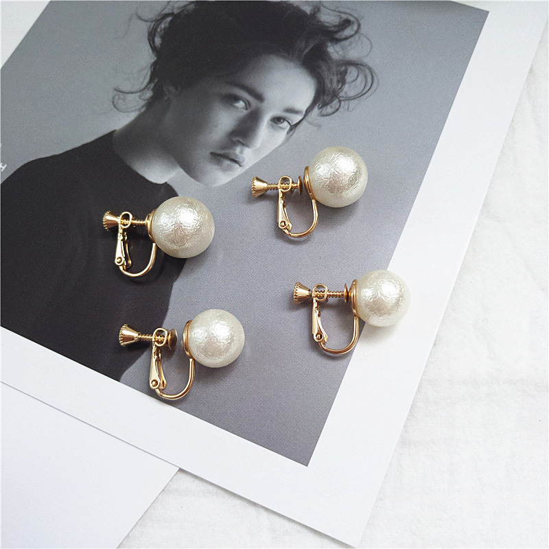 Simple Simulated Pearl Earrings Clip Earrings For Women Personality Fashion Female Charm Party Jewelry Without Piercing Ear Clip in Clip Earrings from Jewelry Accessories