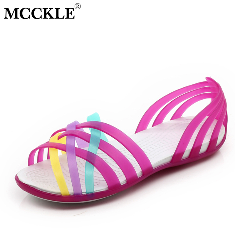 цена MCCKLE Women Jelly Shoes Rianbow Summer Sandals Female Flat Shoe Casual Ladies Slip On Woman Candy Color Peep Toe Beach Shoes в интернет-магазинах