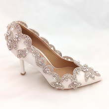 New Style Pointy Toe White Bridal Shoes with Rhinestone Lady High Heel Wedding Shoes Woman Fashion Evening Party Prom Shoes
