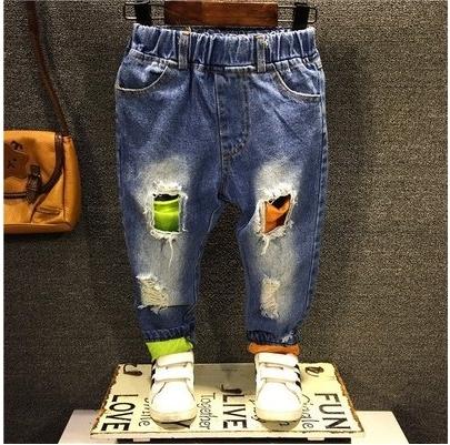 2016 Nueva Muchacha Del Muchacho de los Pantalones Vaqueros Del Agujero de Primavera Niños Bebés Denim pantalones de Ropa Para Niños Al Por Menor y al por mayor de la buena calidad 2-7 años 1603