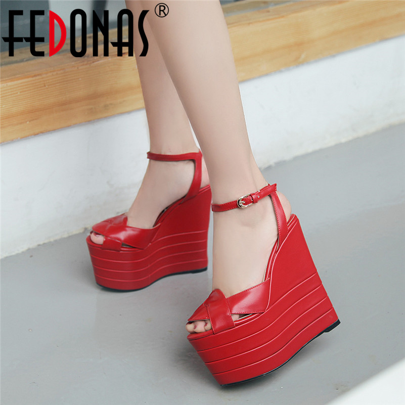 FEDONAS Sexy Sweet Summer New Brand Design Peep Toe Platform Women Sandals Pu Leather Buckle Wedges