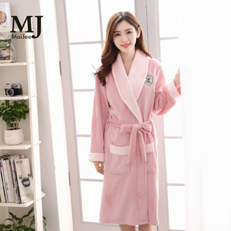 bf4bfca489 Detail Feedback Questions about MJ034A Flannel Sexy Robes For Women  Bathrobe Winter Peignoir Femme Soie Albornoz Robe Dressing Gowns For Women  Bathrobes ...