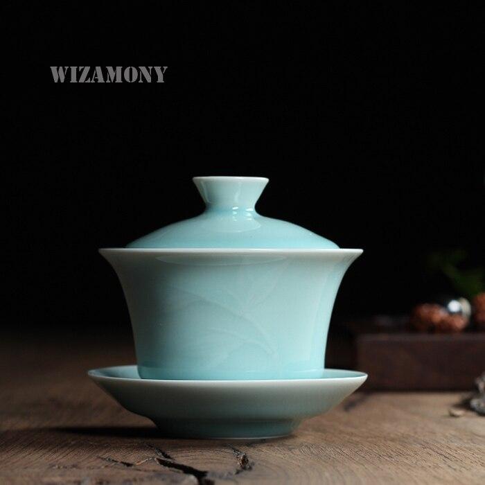 2398169cb662cd Chinois Longquan Celadon Gaiwan Porcelaine Tasse De Thé et SaucerTea Bol  160 ml Par Le Célèbre Artiste Porcelaine Thé Pot Café Tasse Haute qualité