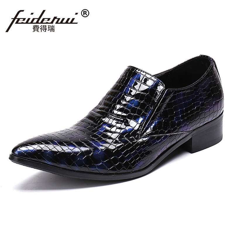 Plus Size New Arrival Pointed Toe Man Formal Dress Wedding Loafers Patent Leather Italian Mens Banquet Party Shoes SL320Plus Size New Arrival Pointed Toe Man Formal Dress Wedding Loafers Patent Leather Italian Mens Banquet Party Shoes SL320