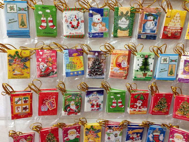 Manufacturers Selling Christmas Tree Decorations Make A Vow Tree To