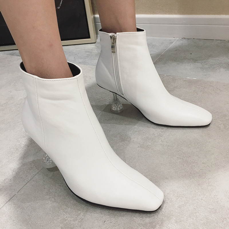 c75ffbd961db Donne-stivali-2018-martin-stivaletti-invernali-donna-off-bianco-scarpe-in -stile-europeo-scarpe-tacchi-di.jpg