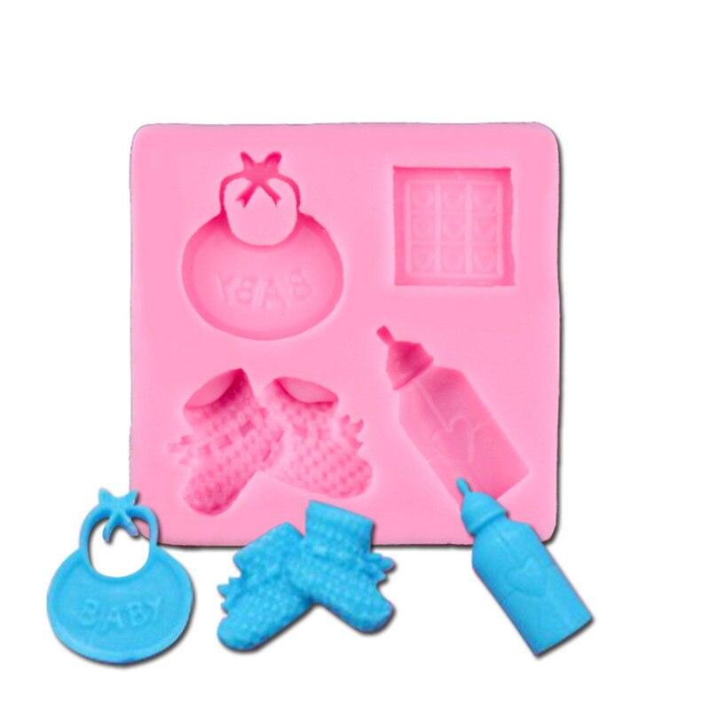 b9cf23101 3D سيليكون لطيف مصاصة الطفل الجوارب فندان العفن DIY أدوات تزيين كعكة  بالشيكولاتة هدية الكريسماس قوالب الخبز أدوات