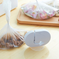 1PC Plastic Bag Sealing Machine Food Sealer Portable Preservation Tool Kitchen Accessories Closer Storage Saver With