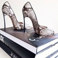 Hot Selling New Snake Print Leather Pointed Toe Blade Heel Pumps Sexy Python Metal Heel Women