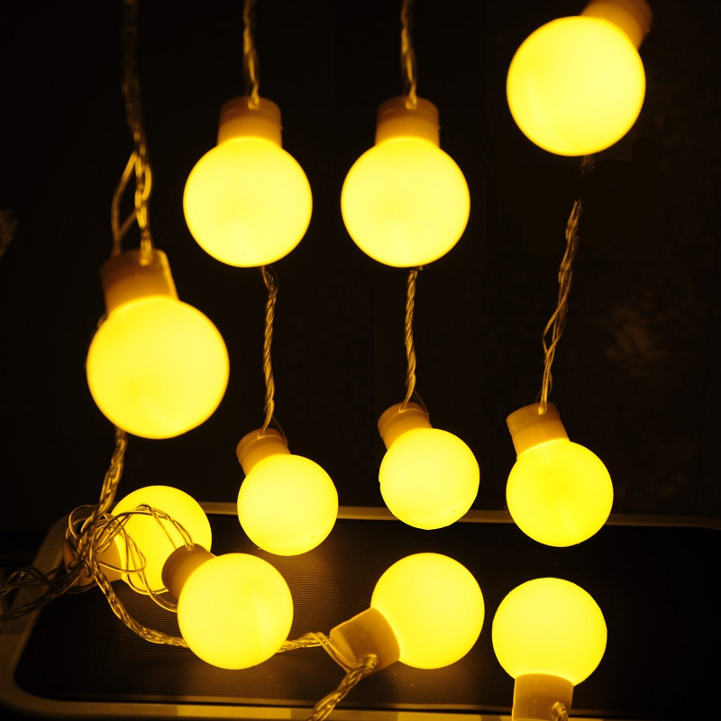 Popular lighted balls buy cheap lighted balls lots from for Decoration exterieur led