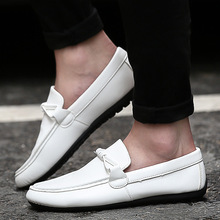 New Arrival casual men loafers spring and autumn mens moccasins shoes Patent leather men's flats driving shoes