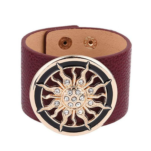 2018 New Fashion Leather Bracelets for Women Wide Circle Buckle Bracelet & Bangles Adjustable Wrap Bracelet Women Jewelry Gift