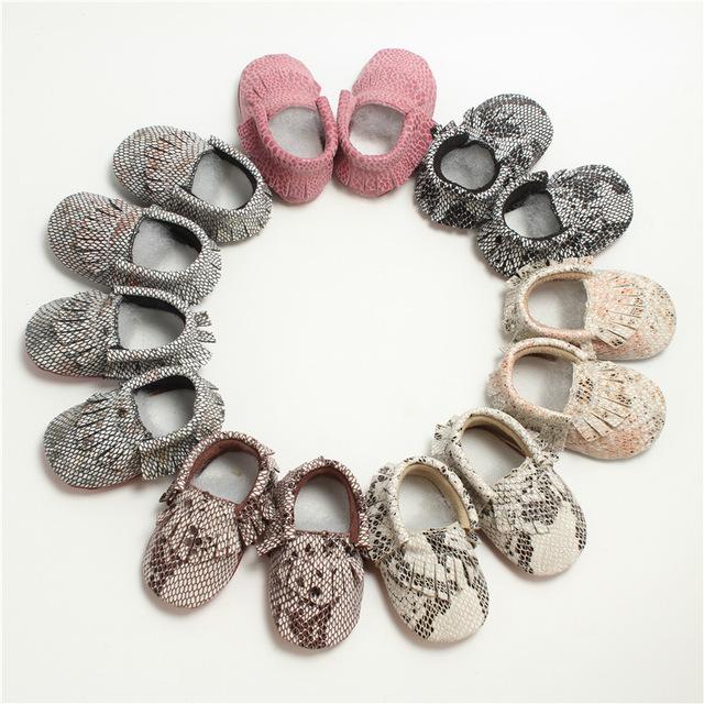 Moda Primavera y Otoño Bebé Niño Zapatos Inferiores Suaves de la Serpiente del Cuero Fresco Sala Continental del Cabrito