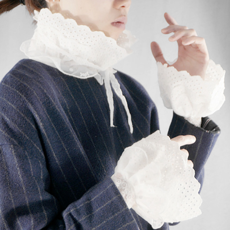 Fashionable Exquisite White Beads Round Warm Soft Gloves Mysterious Accessories  Unique Design White Cotton Hollow Little Sleeve