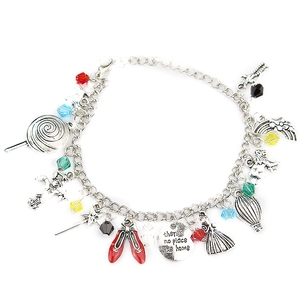 Wizard of Oz Charm Bracelet Glinda the Good Tin woodsman Scarecrow Dorothy Toto Over the Rainbow Bracelets Gifts For Her(China)