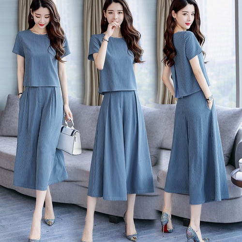 2019 Summer Striped Two Piece Sets Women Plus Size Short Sleeve Tops And Wide Leg Cropped Pants Suits Office Elegant Women's Set 42