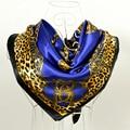 Cachecois Mulheres Silk Scarf Shawl Impresso New Design Azul Escuro Padrão de Leopardo Cadeia de Impressão Envolve Cachecóis Primavera 90 cm Cetim cachecol