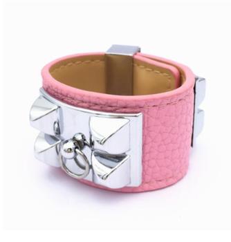 The United States Street beat stars large rivets metal wide bracelet bracelet