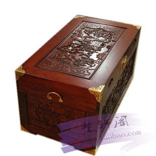 Classical marriage auspicious Zhangmu carved box clothing storage box and dowry deodorant moth un arranged marriage