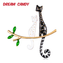 Dream Candy Creative Cat Brooches for Women Cute Animal Brooch Enamel Pin Fashion Jewelry Good Gift Accessories New 2019
