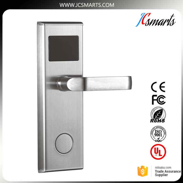 все цены на Good quality keyless door lock smart electronic hotel lock zinc alloy handle swipe IC/ID card unlock
