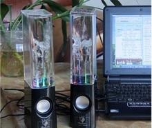 Genuino nuevo USB DEL Aerosol de Agua Portátil Mini Altavoz tarjeta de sonido de Altavoces de Música Fuente de Agua altavoz fuente de la música de la venta caliente