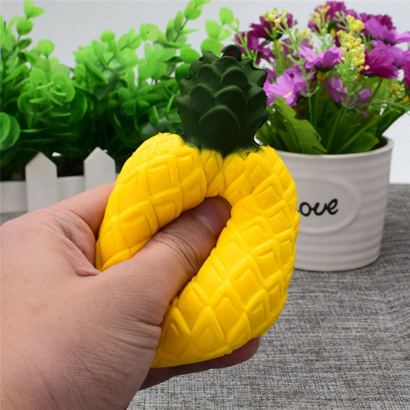 2018 New Yellow Pineapple Squishy Squeeze Toys Slow Rising Decompression Toys Stress Reliever Decor Antistress Toys for Children