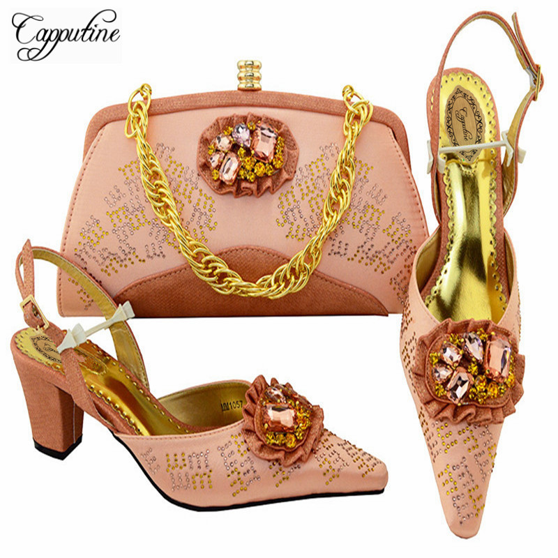 Capputine New Fashion African Rhinestone Woman Shoes And Bag Set Italian Elegant High Heels Shoes And Bag Set For Party M10574 elegant m