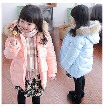 Дети зиму участок толстой хлопка-ватник ветрозащитный пальто новорожденных девочек классический краткий элегантный теплой меховой шапке одежда