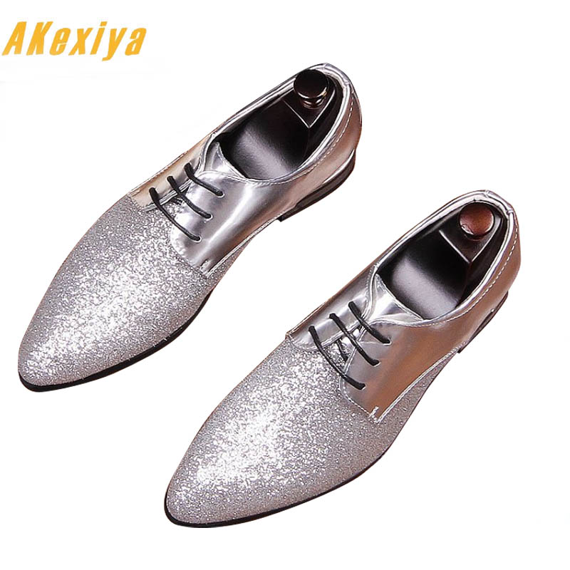 New Designer Men Glitter Pointed Black Red Silver Flats Shoes 2018 Male Rubber Bottom Wedding Shoes Sapato Social Masculino